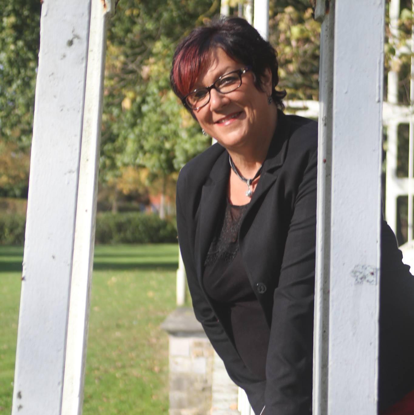 Marina Oellibrandt