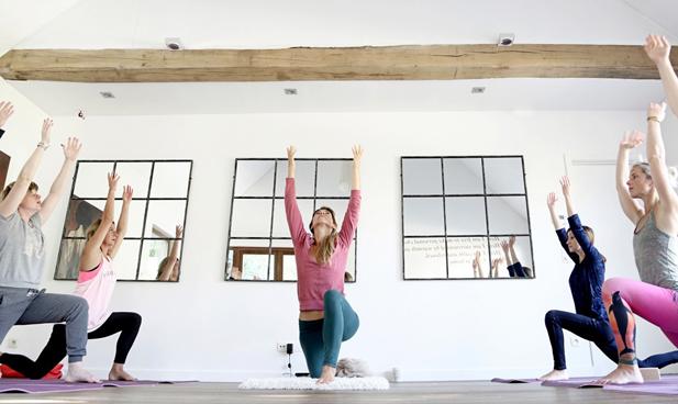 Easy Gentle yoga Jutta Borms
